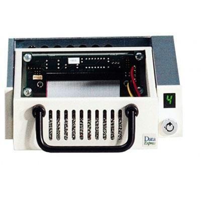 DE100 68P U160 HDD Frm/Carr