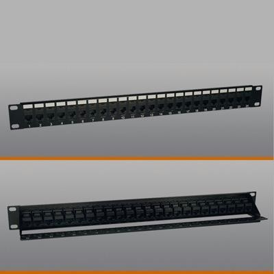 Cat5e Feed Thru Patchpanel 24p